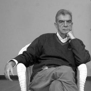 Mènis Koumandaréas